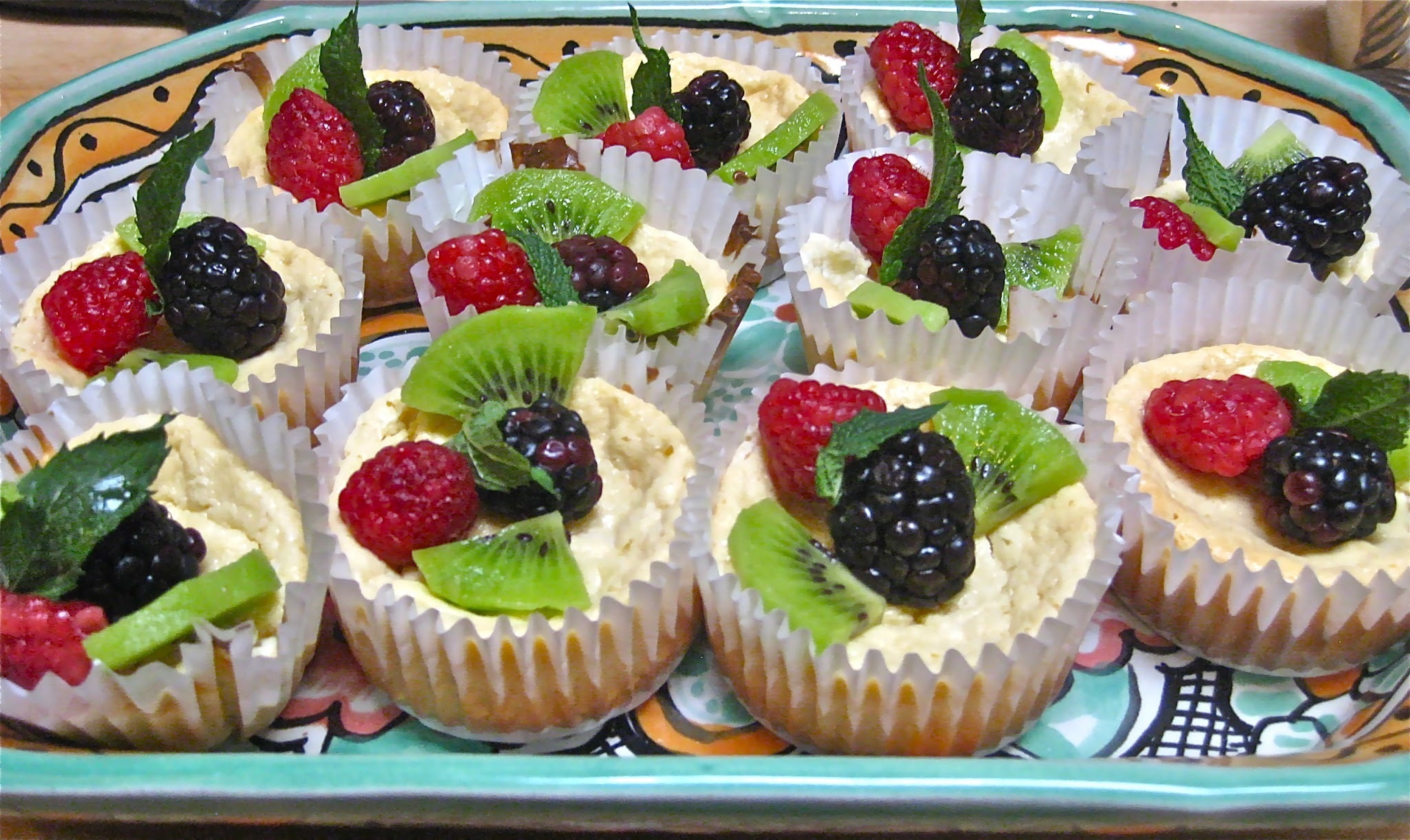 Pretty Simplicity:  Easy Mini Cheesecakes