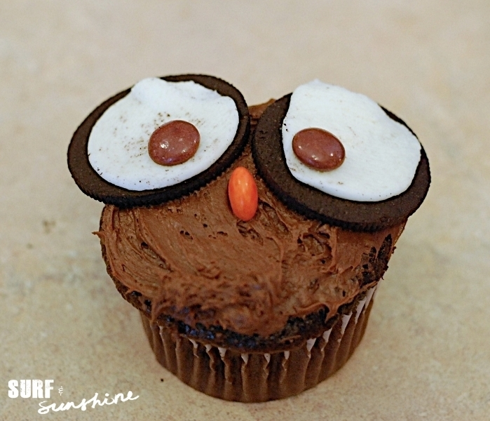 {Halloween Recipe} Owl Cupcakes