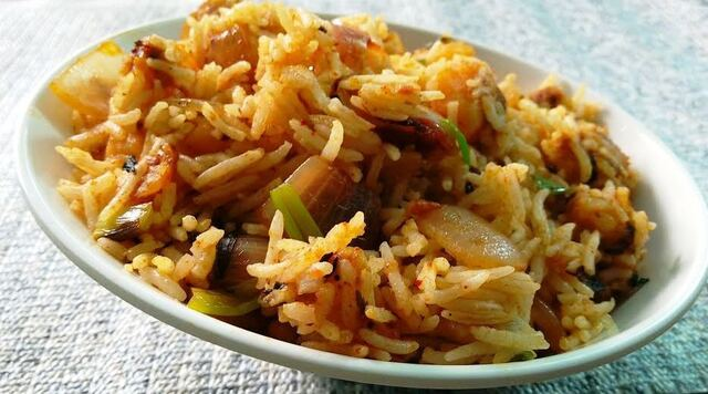 Jeera Aloo Pulao (Cumin Potato Rice)