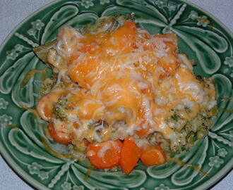 RITZY CARROT & BROCCOLI CASSEROLE