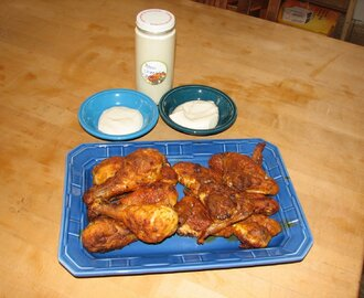 Hot Wings & Bleu Cheese