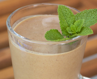 Almond Chai Protein Boost Smoothie