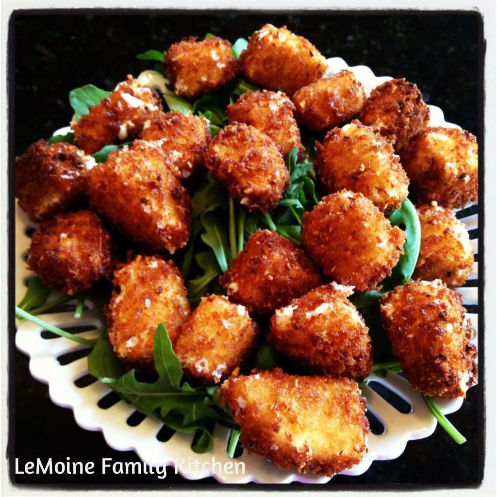 Snack Time :: Fried Fresh Mozzarella Bites