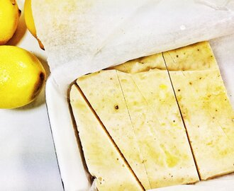 5-Ingredient Lemon Cheesecake [Vegan, Raw, Gluten-Free]