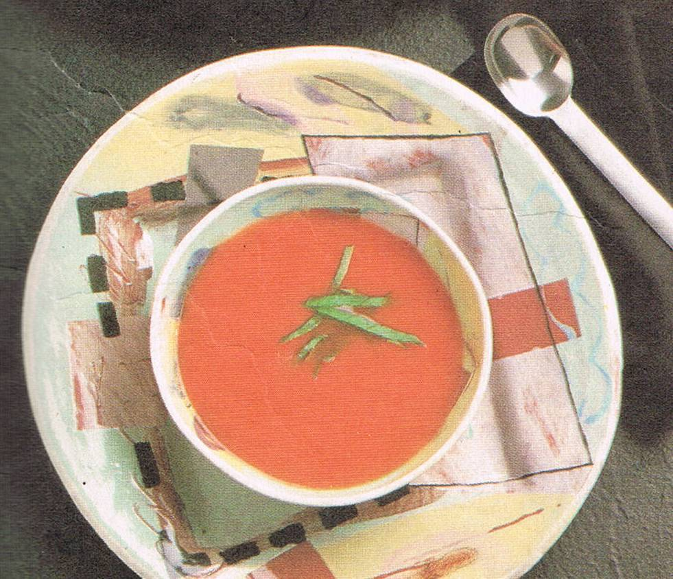 Fresh Tomato Soup with Garlic-Basil Croutons