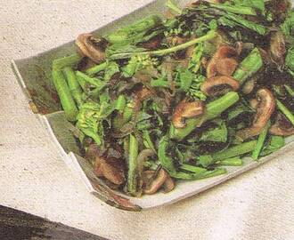Stir-Fried Broccoli Vegetables with Mushrooms
