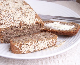 Skinny Gluten Free & Sugarfree Almond Flax Bread