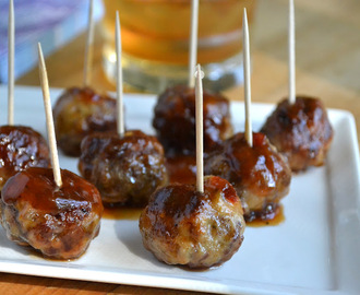 It's Five O'Clock Somewhere Friday: Bourbon Meatballs