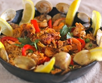 Daring Cooks Challenge September, 2012- Make Paella!
