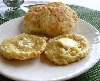 Country Biscuits & Honey