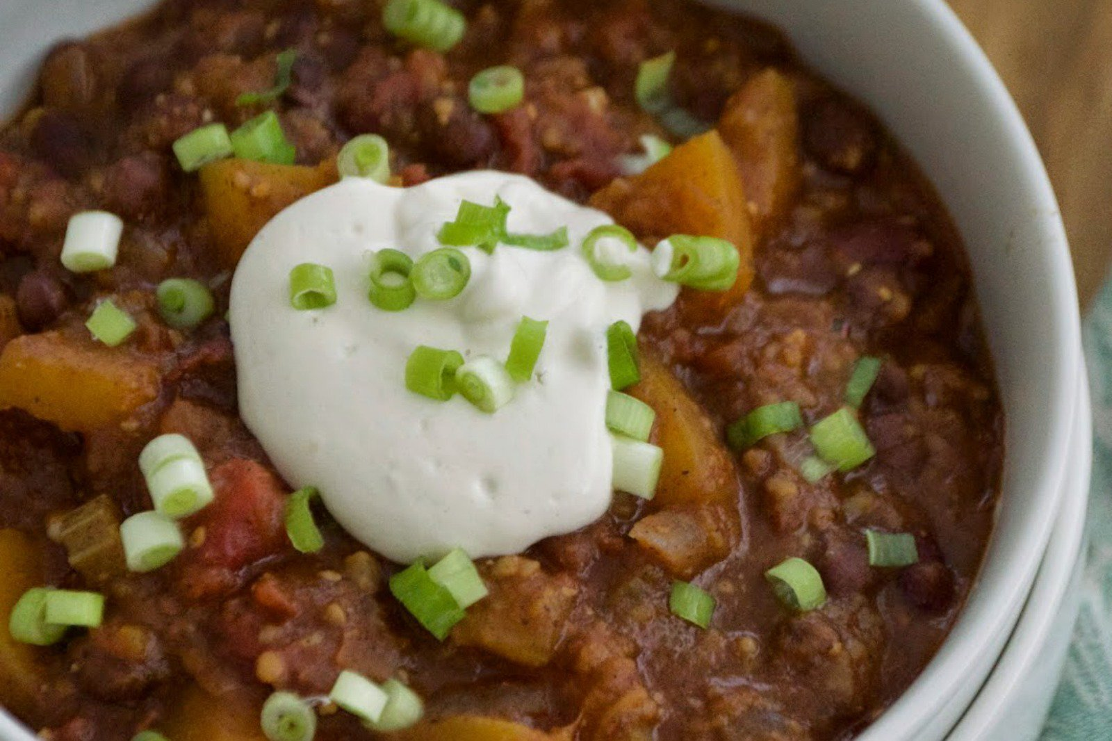 Sweet and Spicy Pumpkin Chili [Vegan]