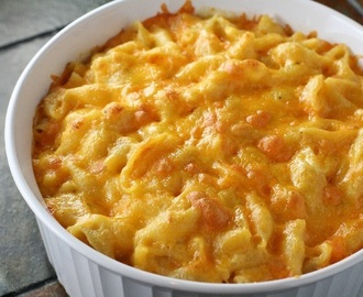 Macarrão com Queijo (Mac and Cheese)