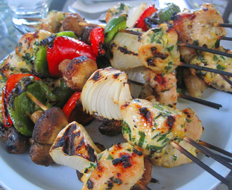 grilled chicken kebobs with tzatziki