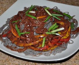 KoMex Cuisine!  Guksu Noodles with Seville Orange Chocolate Sweet Pepper Beef