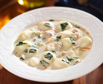 Olive Garden Chicken and Gnocchi Soup Copycat