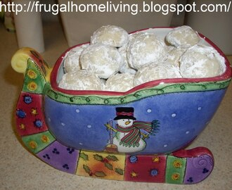 Russian Tea Cakes (aka: Sandies)