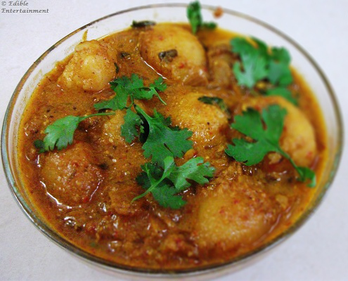 Healthy Dum Aloo – Baby Potatoes in Spicy Yogurt Gravy