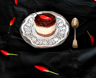 Cheesecake de chocolate e malagueta