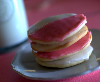Pink and White Cookies to Kick Off National Breast Cancer Awareness Month- Pinktober