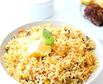 Prawn/Shrimp Biriyani with Onion raita