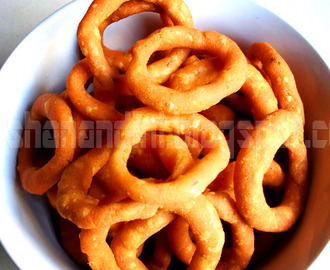 Ring Murukku/Chegodilu - Indian Cooking Challenge