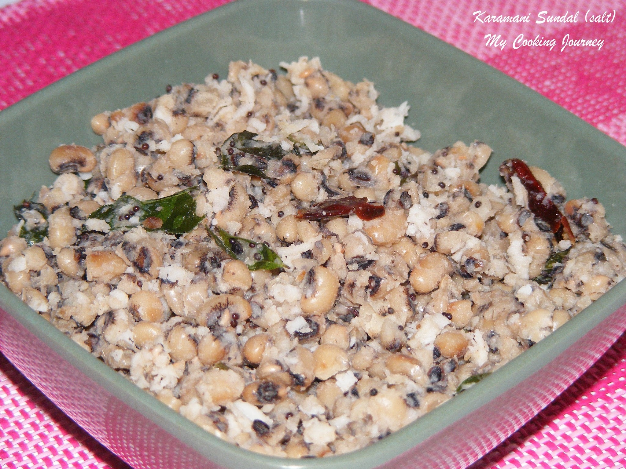 Karamani Sundal (salt version) /Black eye beans/Cowpeas cooked with Coconut