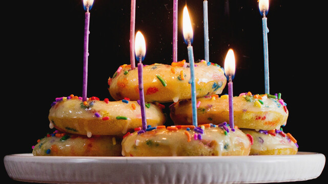 Birthday Cake Baked Donuts ~ Recipe