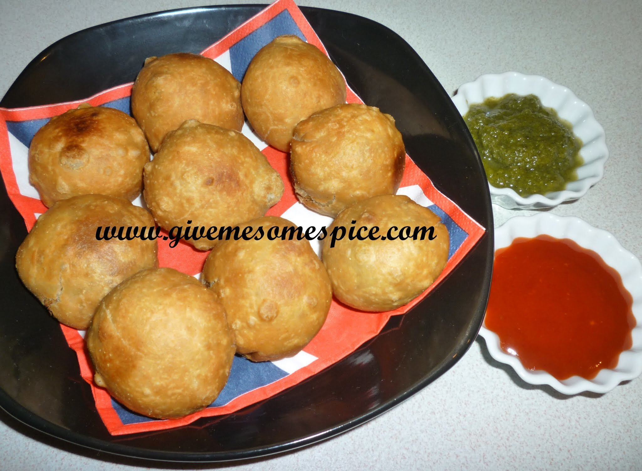 Kachoris with sprouted mug (sprouted lentil filled pastries)