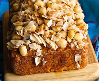 How to Make Banana Bread into a Piña Colada Cake