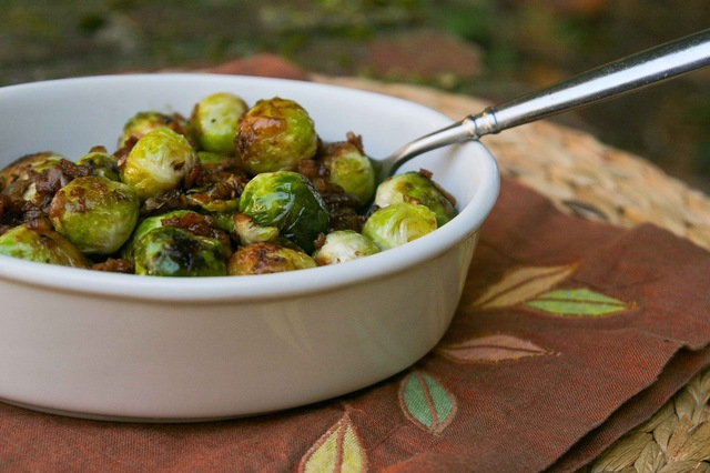 Balsamic Glazed Brussels Sprouts with Bacon