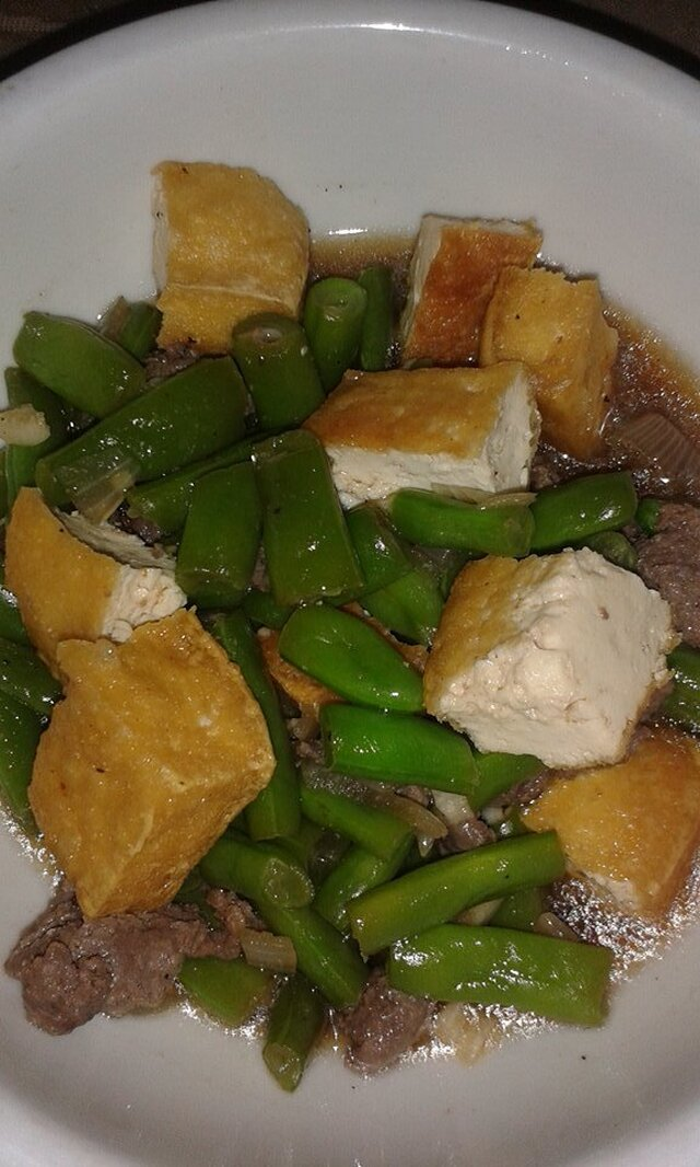 Beans, Tofu and Tapa in Oyster Sauce