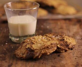 Browned Butter Sea Salt Nutella Cookie