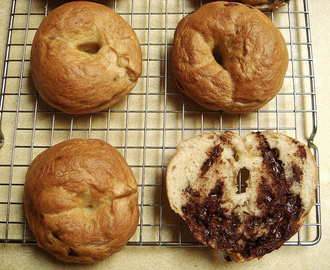 Chocolate On The Brain: Mini Chocolate Chip Bagels