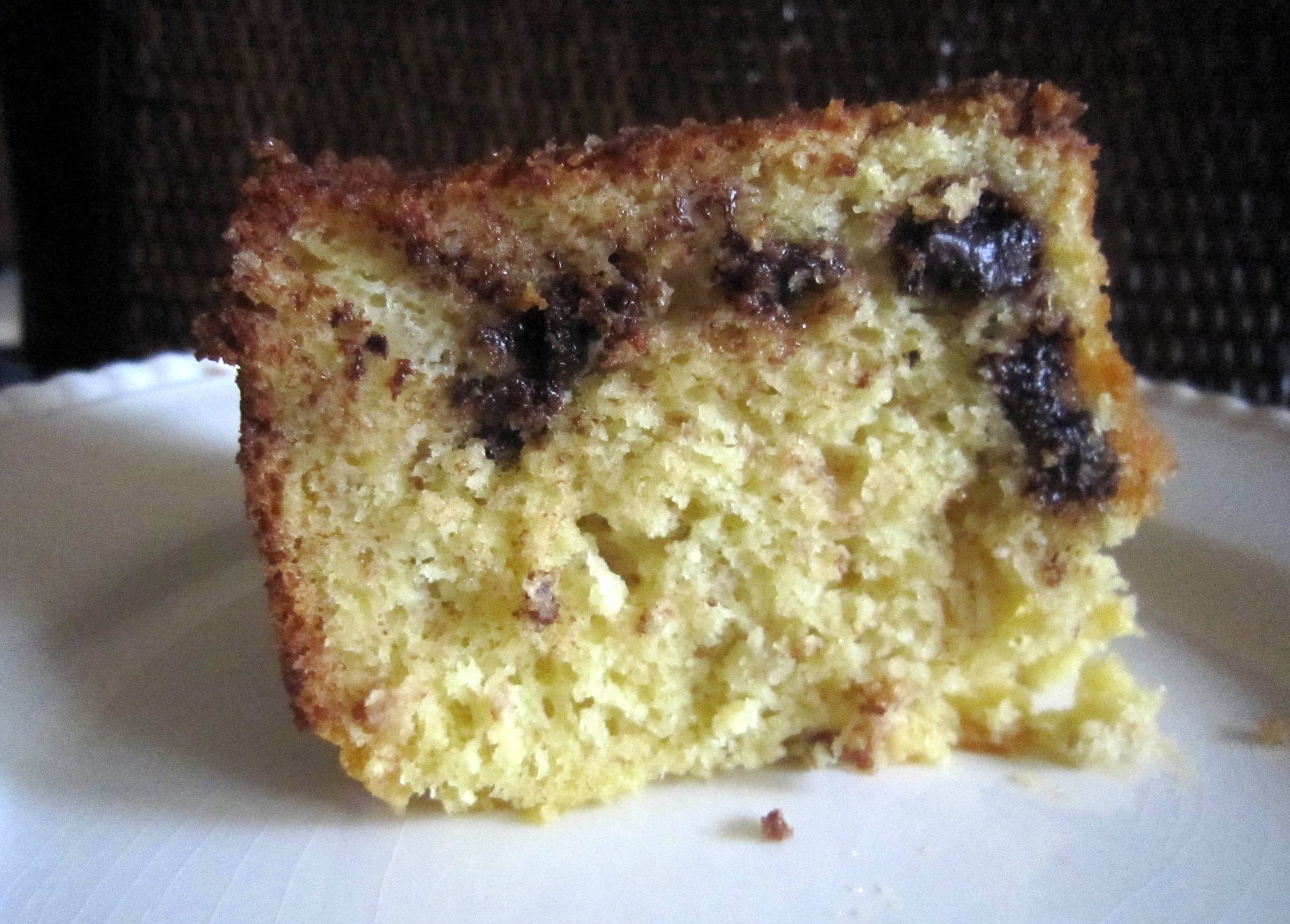 Delicious Lowfat Banana Chocolate Chip Cake Not From Scratch!