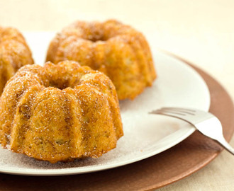 Easy, Healthy, Mini Banana Bundt Cakes