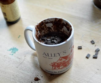 2 Minute Chocolate Mug Cake