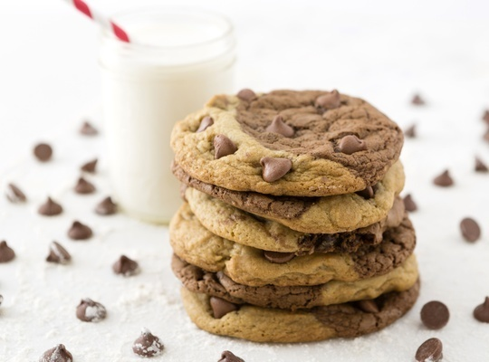 How to Bake Chocolate Chip Brownie Swirl Cookies