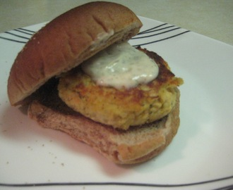 Salmon Burgers with Lemon Dill Mayonnaise