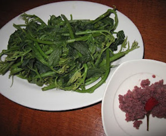 Talbos ng kamote at bagoong