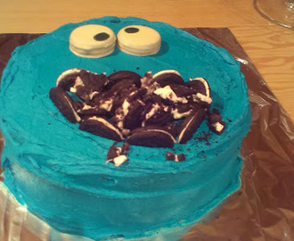 COOKIE MONSTER CAKE – TARTA DEL MONSTRUO DE LAS GALLETAS