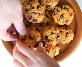 Cookies de aveia, mirtilos e chocolate