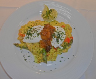 Kedgeree of Salmon, Asparagus and Cannellini with Mango Chutney