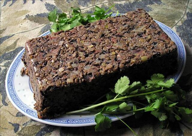 Vegan Holiday Lentil Loaf