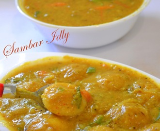 Sambar Idly / Mini Idly with Sambar / 14 Idlies: