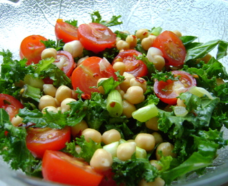Chickpea, Tomato and Kale salad