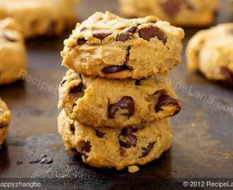 Peanut Butter, Chocolate Chip and Chickpea Cookies