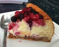 Cheesecake au lemon curd et fruits rouges