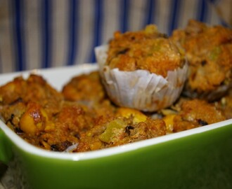"Watching War Unfold and ""Stuffing Muffins"" (Kosher Connections Linkup, November 2012)"