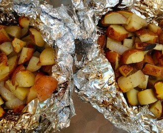 Roasted Potatoes In a Foil Pack
