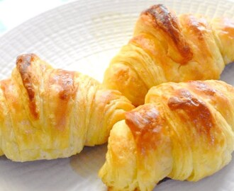 Easy homemade croissant recipe